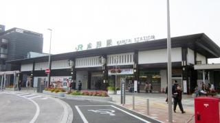JR成田駅の東口駅前